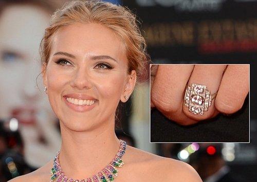 Scarlett-Johansson-Diamond-Engagement-Ring-New2