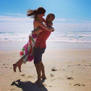 Instagram_findingeco_couple on beach