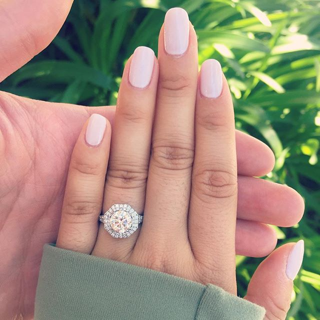 A Guy's (Unbiased) Engagement Ring Buying Guide