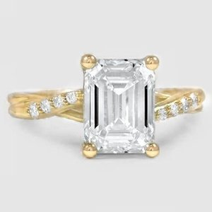 18K Yellow Gold Chamise Diamond Ring