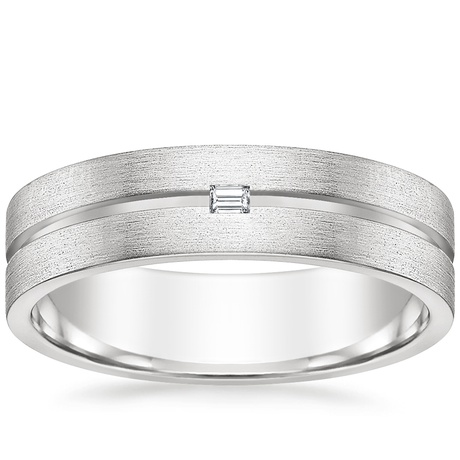 Mens Eye-catching, grooved ring size 10 1//2