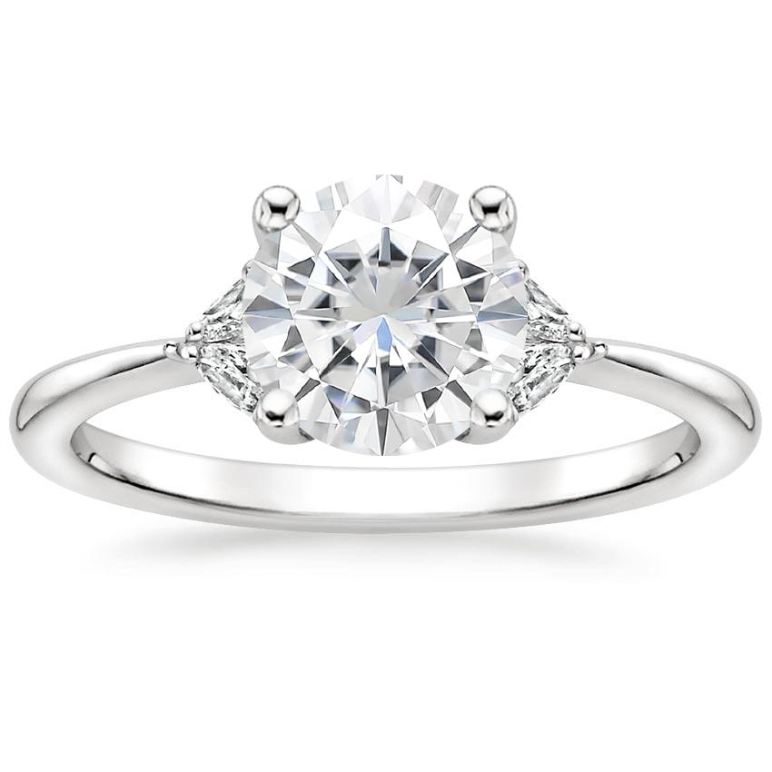 Moissanite Faye Diamond Ring in 18K White Gold