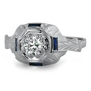 18K White Gold The Agnes Ring, top view