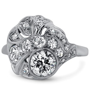 14K White Gold The Ariadne Ring, top view