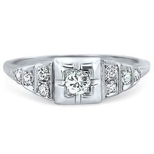 14K White Gold The Bonsai Ring, top view
