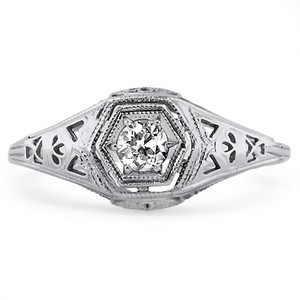 18K White Gold The Daisy Ring, top view