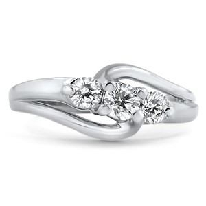 14K White Gold The Emlin Ring, top view
