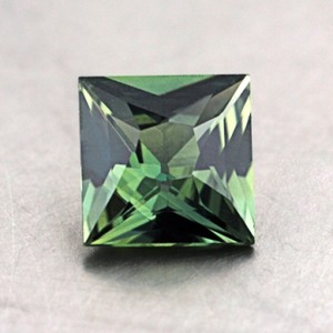 6mm Green Princess Sapphire, top view
