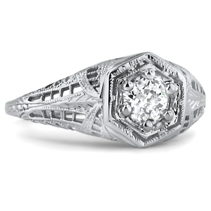 18K White Gold The Gelace Ring, top view