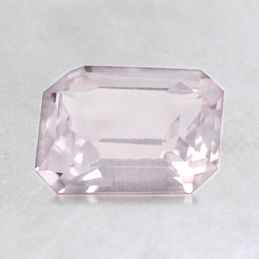 8x6mm Pink Emerald Sapphire, top view