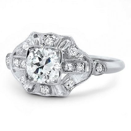 The Coquette Ring, top view