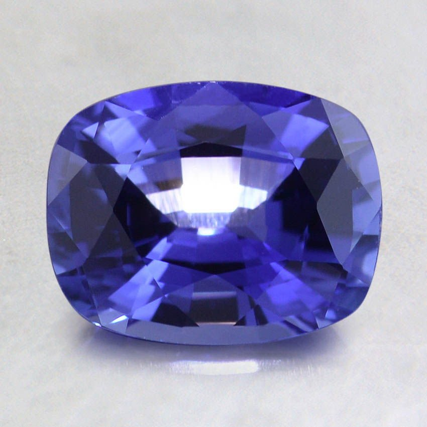 8x6mm Premium Vivid Blue Cushion Sapphire, top view