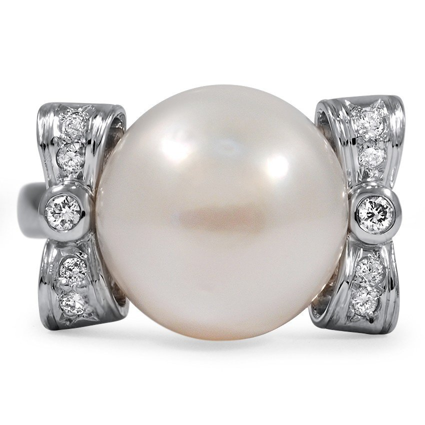 Modern Pearl Cocktail Ring