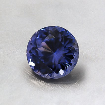 5.5mm Purple Round Sapphire, top view