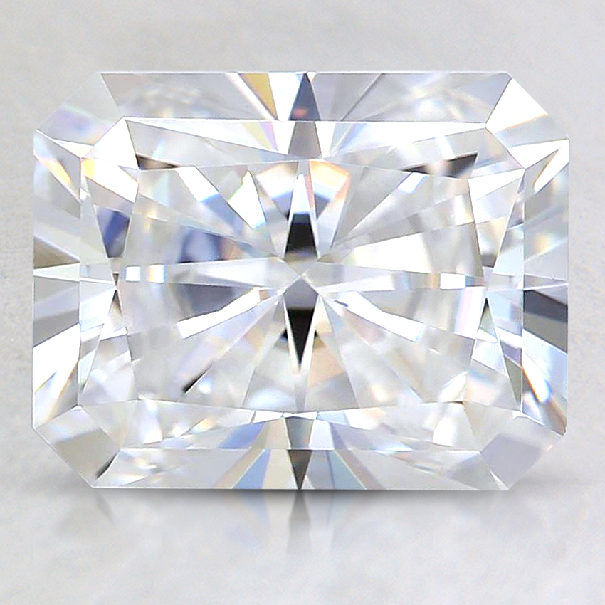 9x7mm Super Premium Radiant Moissanite