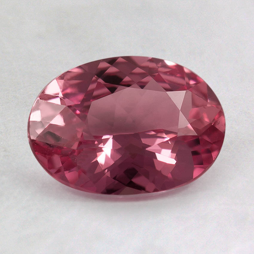 8x6mm Pink Oval Sapphire, top view