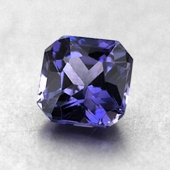 6.4mm Purple Radiant Sapphire, top view
