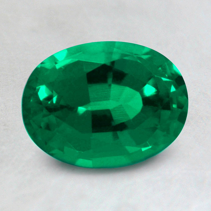 8x6mm Lab Created Oval Emerald, top view