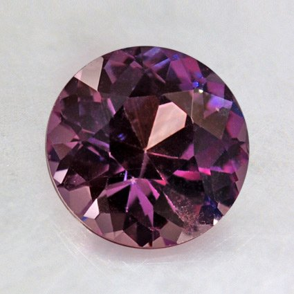 7.5mm Premium Purple Round Sapphire, top view