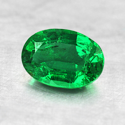 7.05x5mm Oval Emerald, top view