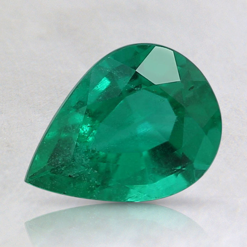 8.1x6mm Pear Emerald