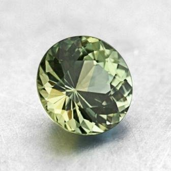 5.8mm Light Green Round Sapphire, top view