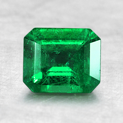 6.7x5.7mm Emerald Cut Emerald, top view
