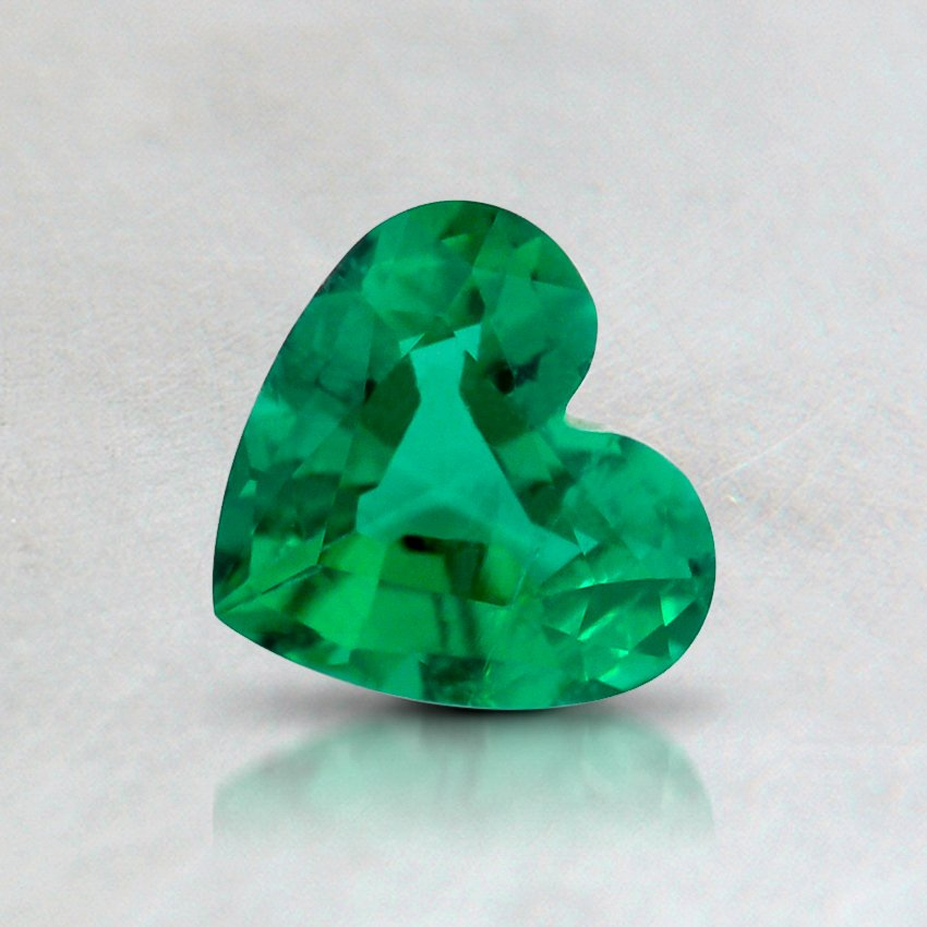 6.5x6mm Super Premium Heart Emerald, top view