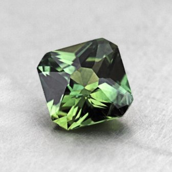6mm Green Radiant Sapphire, top view