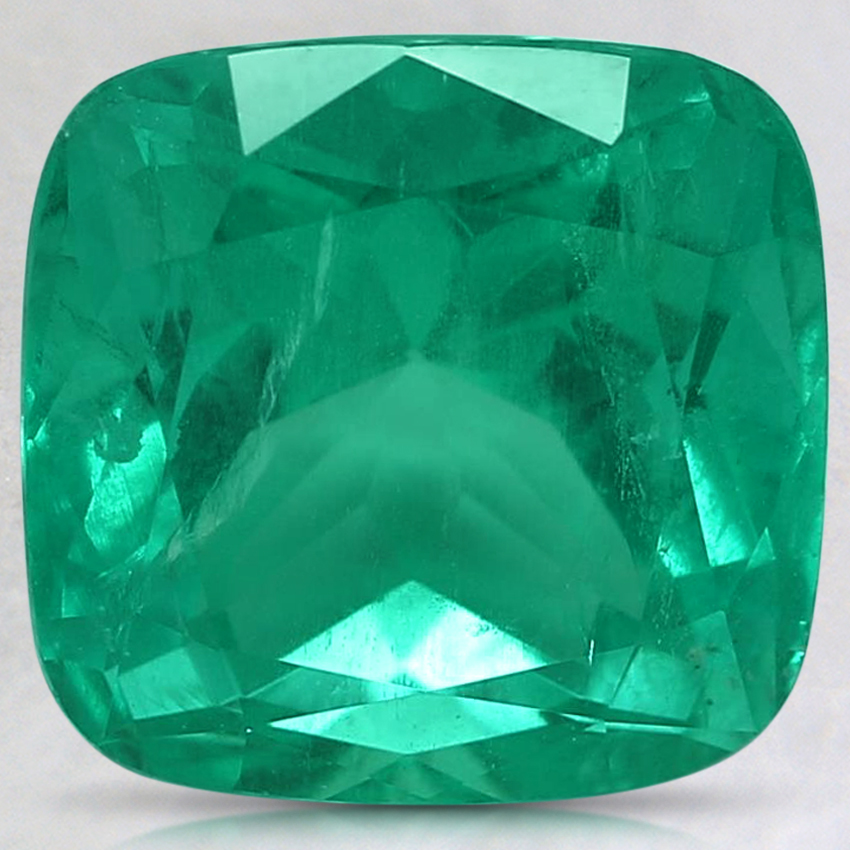 9.7x9.6mm Super Premium Green Cushion Emerald