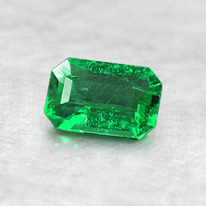 6x3.9mm Emerald Cut Emerald, top view
