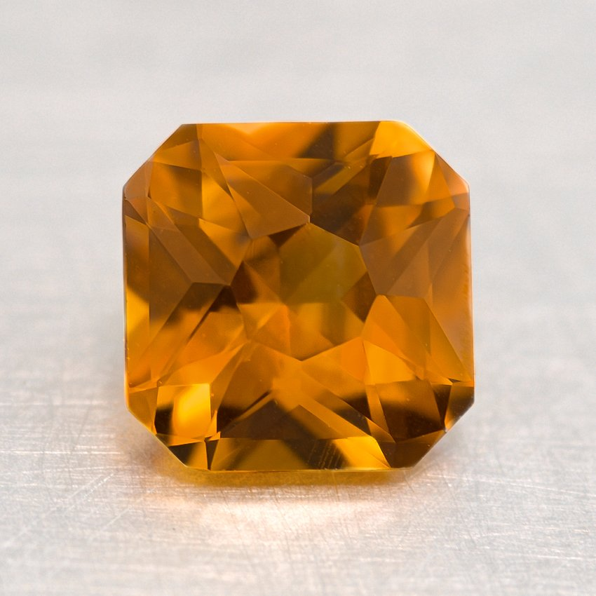 7mm Premium Yellow Radiant Sapphire, top view