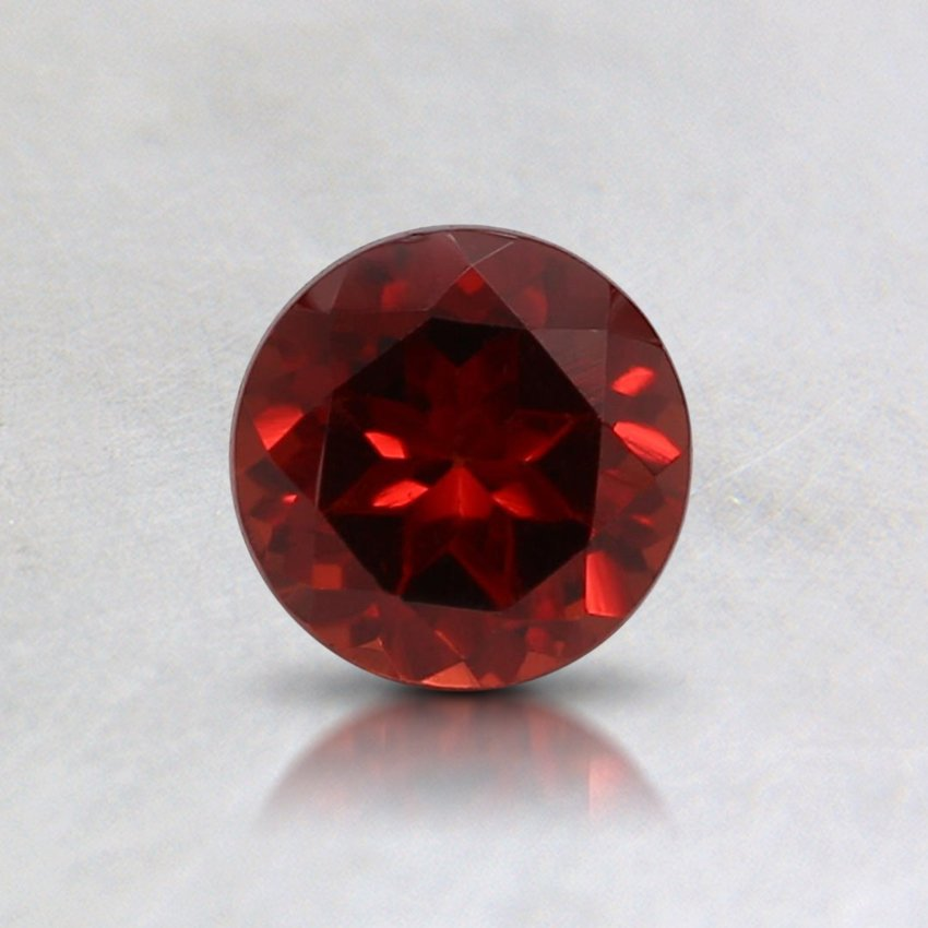 5mm Fine Round Pyrope Garnet, top view