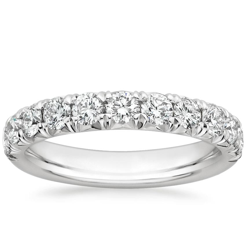 Stunning Pavé Diamond Ring
