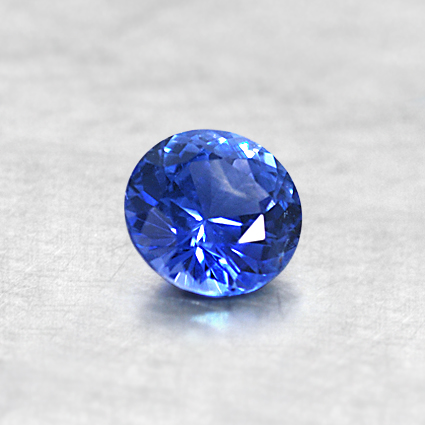 4.5mm Round Blue Sapphire, top view