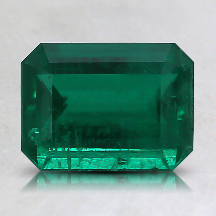 8.1x6mm Premium Green Emerald