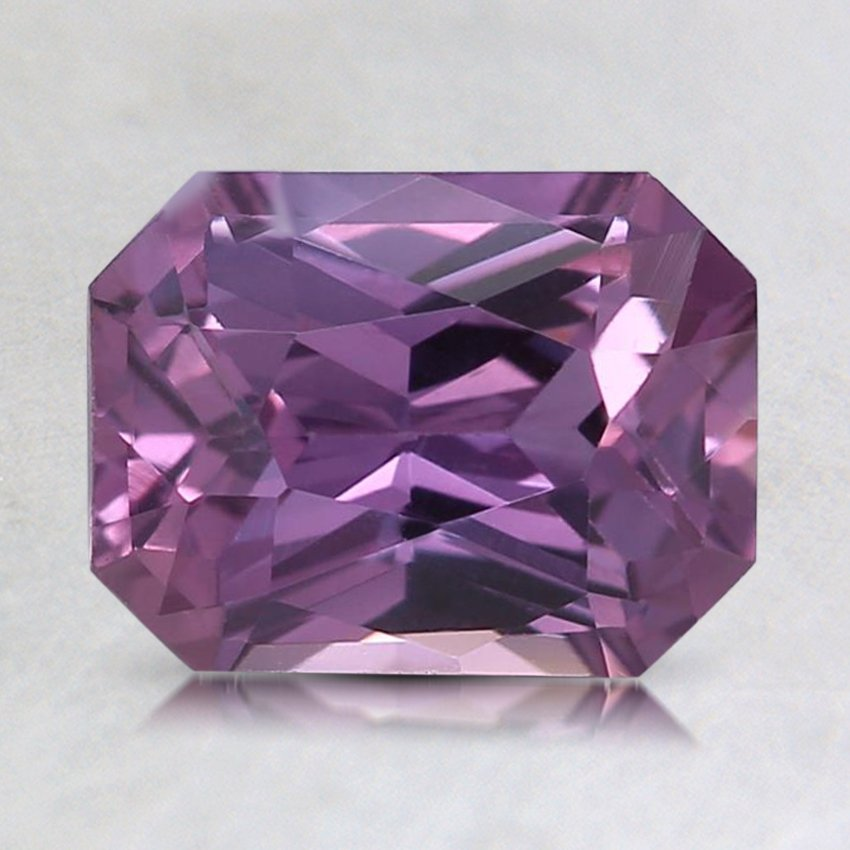 8x6mm Purple Radiant Sapphire, top view