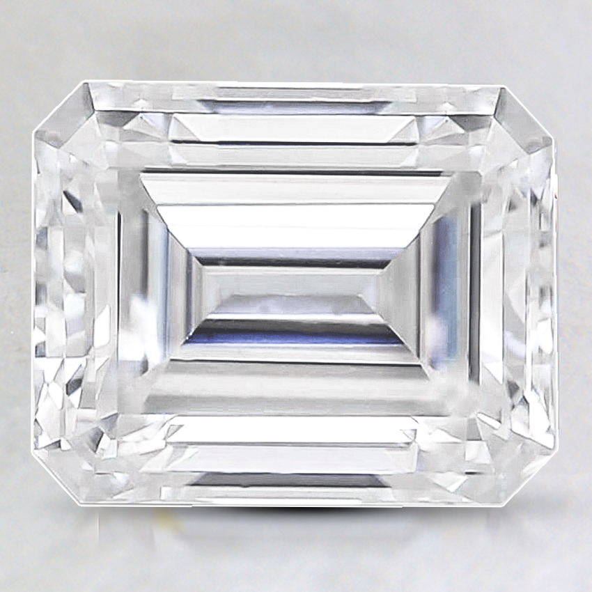 9x7mm Premium Emerald Moissanite