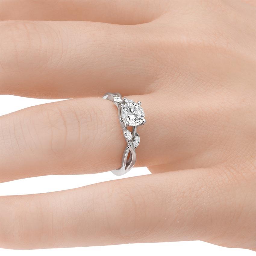 Preset 18K White Gold Willow Diamond Ring 18 ct tw with 075