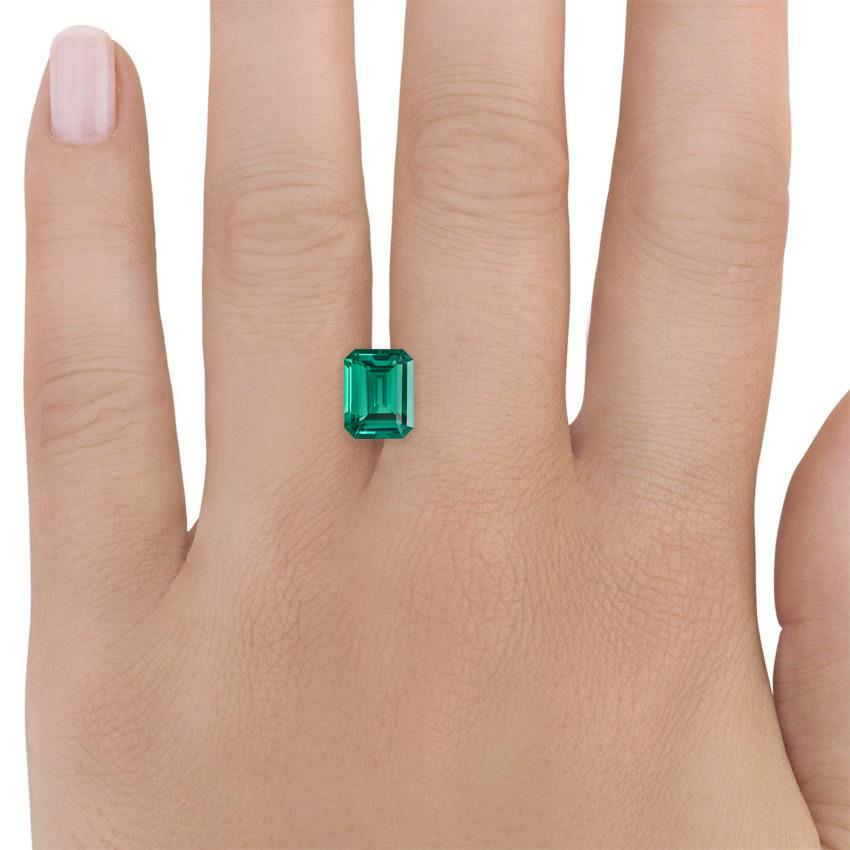 9x7mm Lab Created Emerald