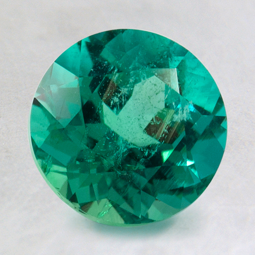 8mm Super Premium Round Emerald, top view