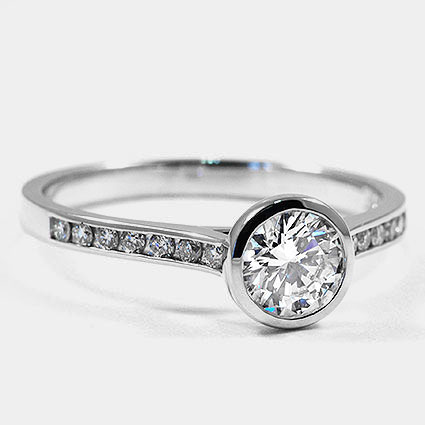 18K White Gold Luxe Luna Diamond Ring