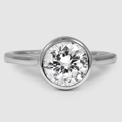 18K White Gold Luna Ring