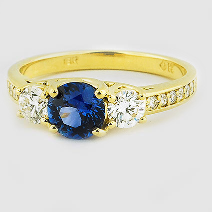 18K Yellow Gold Sapphire Three Stone Round Diamond Pavé Trellis Ring