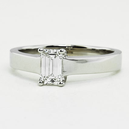 18K White Gold Marina Ring