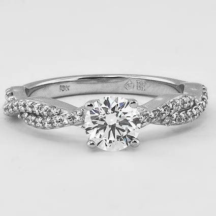 18K White Gold Twisted Vine Diamond Ring (1/4 ct. tw.)