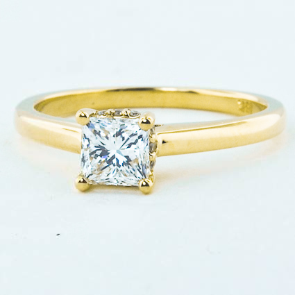 18K Yellow Gold Sonata Diamond Ring
