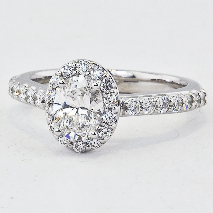 18K White Gold Fancy Halo Diamond Ring with Side Stones