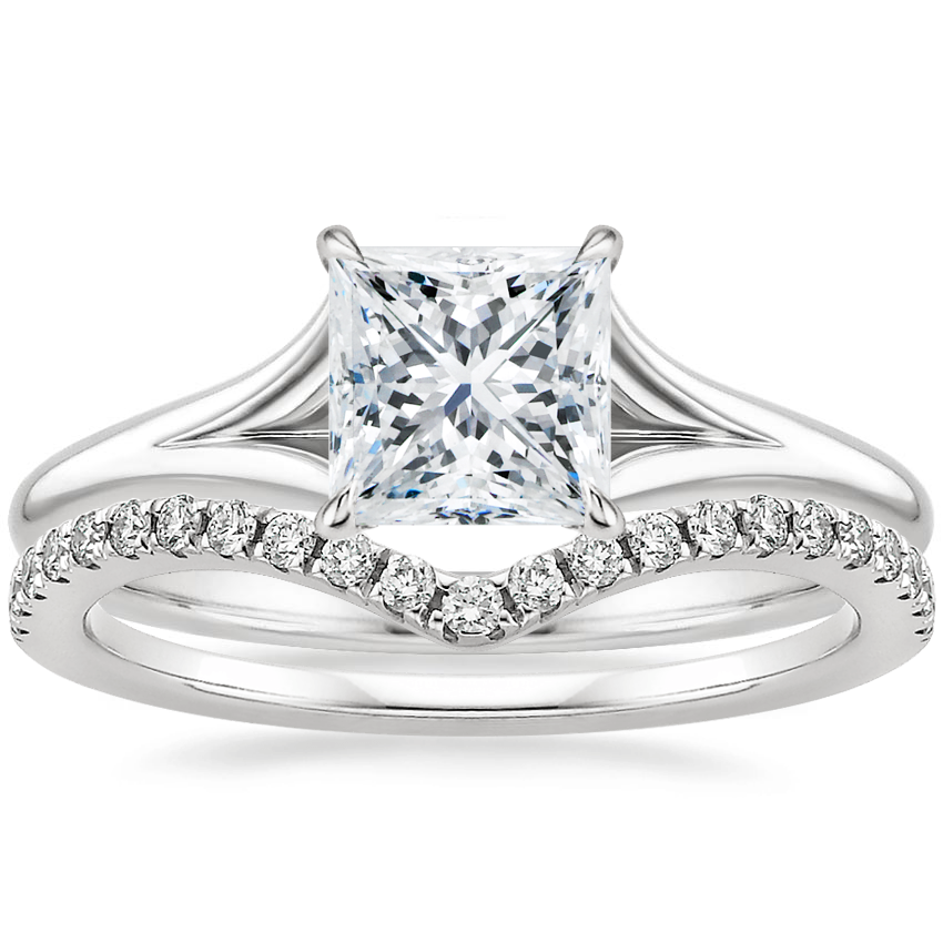 18K White Gold Reverie Ring with Surprise Sapphire Accents with Flair Diamond Ring (1/6 ct. tw.)