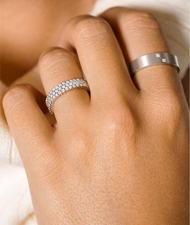 White gold diamond rings for everyone on hand